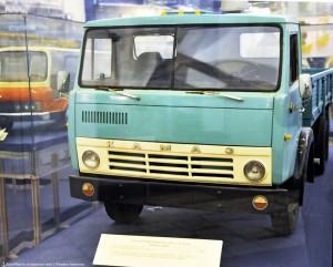 Грузовой автомобиль ЗИЛ-170 - он же КАМАЗ-5320. Производство КАМАЗов началось на заводе ЗиЛ.