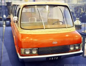 """Микроавтобус """"Юность"""" - ЗИЛ 118К (1961)."""